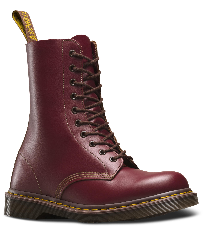 10-eyelet oxblood boots