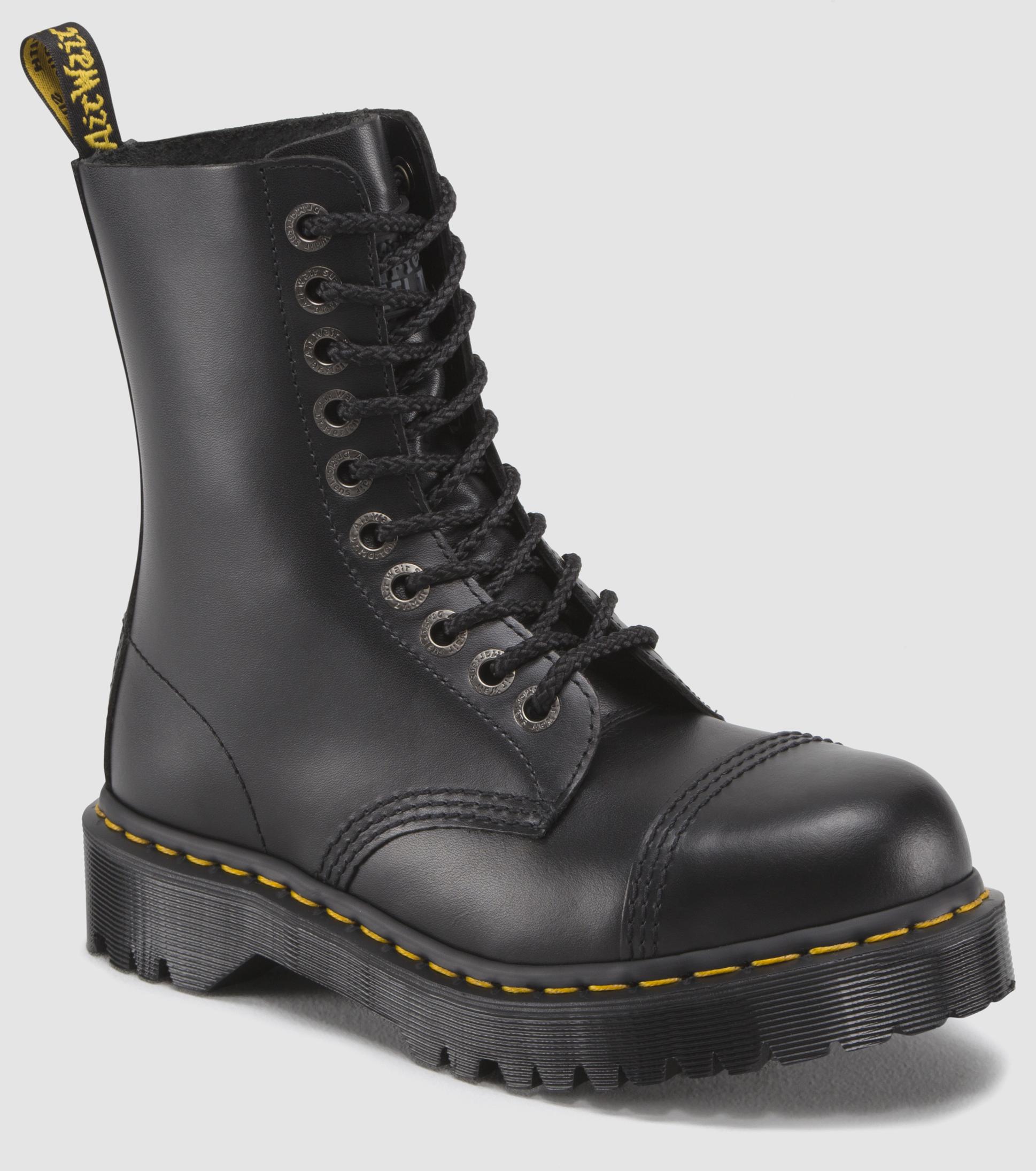 8761 Bxb Boot Men S Boots Official Dr Martens Store Us