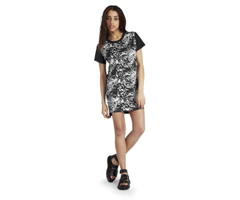 WOMEN'S SKULLS & ROSES T-SHIRT DRESS